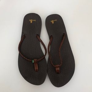 Sanuk flip flops!
